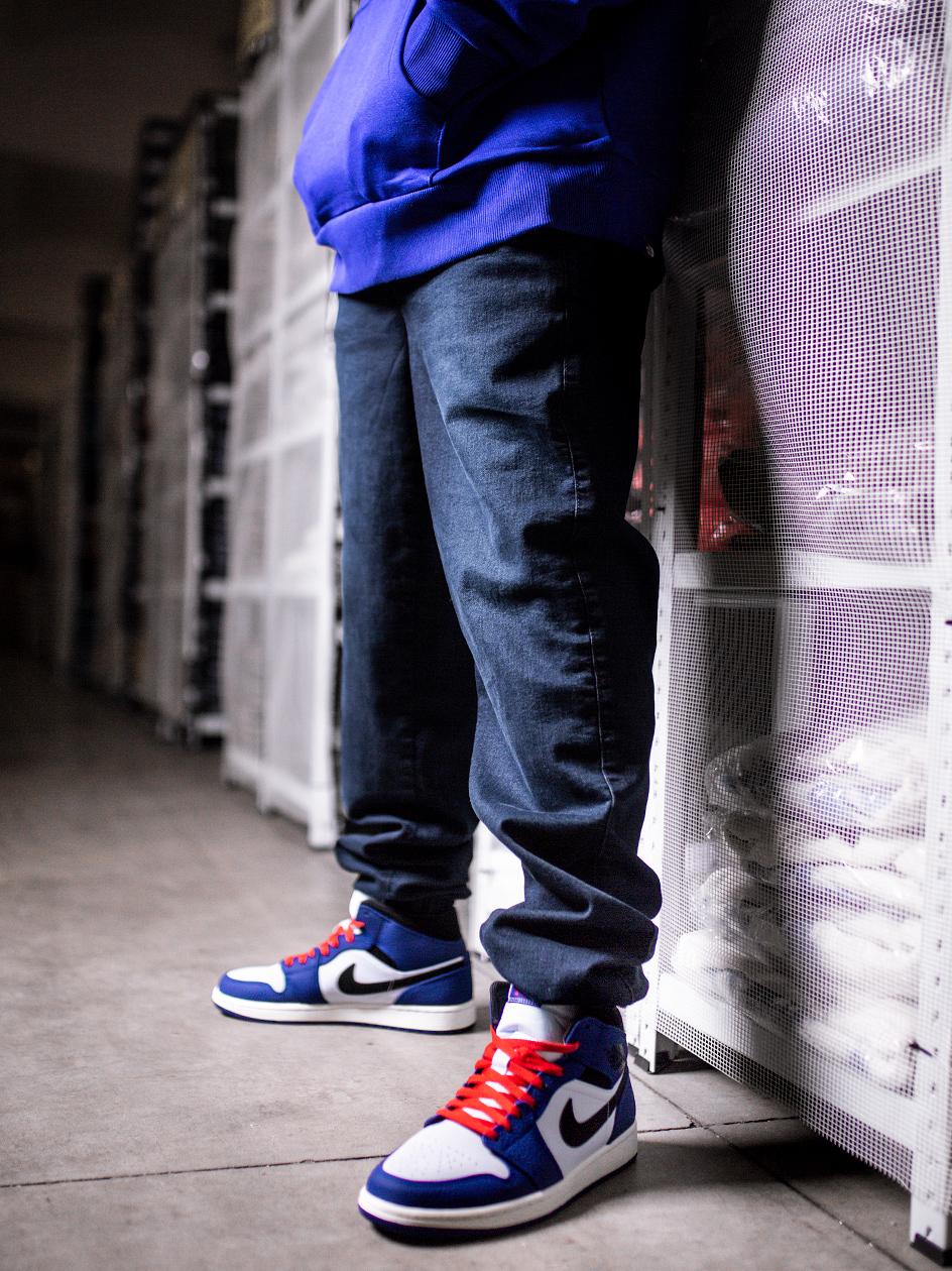 Spodnie jogger pants Jigga Crown